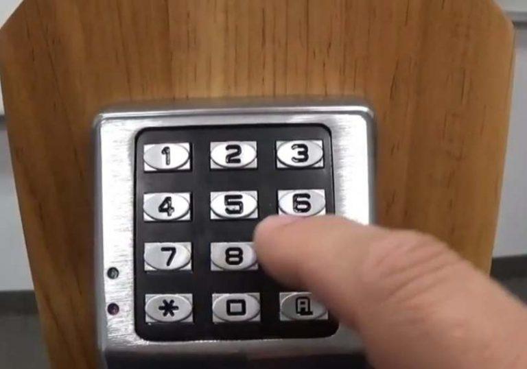 How to Program Alarm Lock Trilogy DL2800