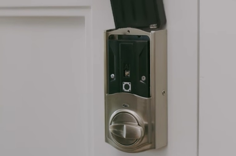 Photo of Kwikset lock not working after battery change
