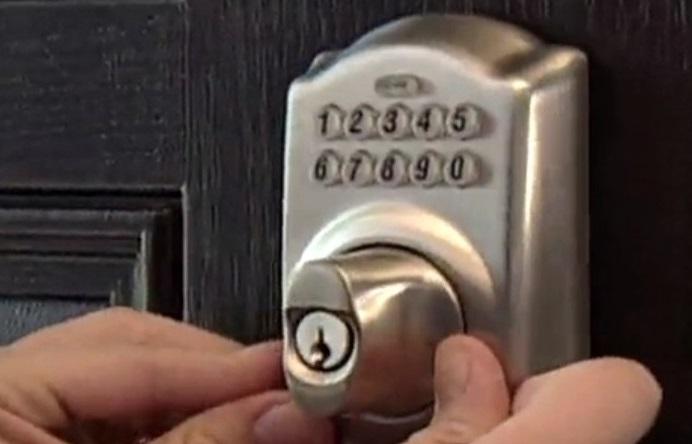 Schlage Auto Lock Not Working